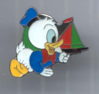 Disney  Baby Donald Duck with boat  Pin/Pins