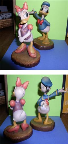 Disney Anri Wood Carving Daisy & Donald Duck