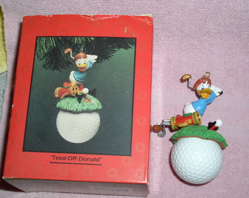 Disney Donald Duck  golf Figurine Ornament