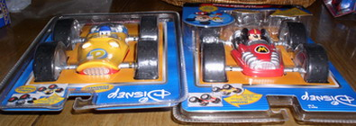 Disney Donald Duck & Mickey Mouse race car