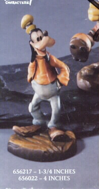 Disney Goofy hand in pocket Woodcarving Anri