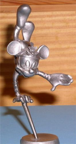 Disney Minnie Mouse Circus performer Pewter Figurine