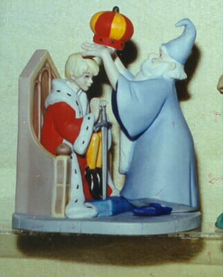 Arthur and wizard Merlin Sword in the Stone Disney Figurine