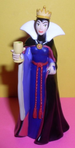 Disney The Queen Snow White & 7 Dwarfs  figurine