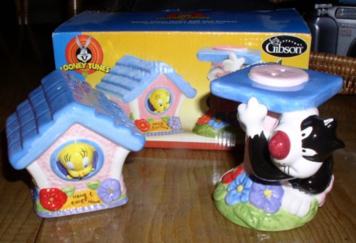 Tweety And Sylvester Warner Brothers Salt Pepper Rena S
