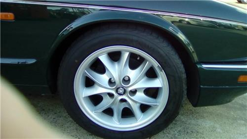"JAGUAR X308 SPORT 17"" x 2 wheels & tyres-Upgrade your V8 or replace your Metric tyres"