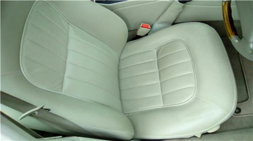 SOLD - JAGUAR X300 XJ6 1994 to 1997 Electric Leather seats Front & Back -Excellent cond
