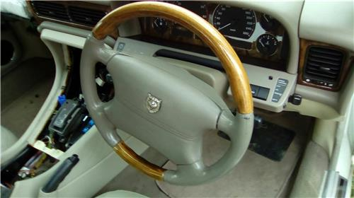 JAGUAR X300 timber steering wheel - will fit X300 models1994 to 1997  ***RARE***