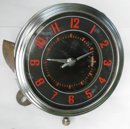 1946 Ford clock 170801 (1)