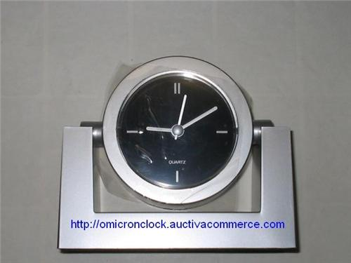 Silver Desk Swivel Quartz Clock with Battery Included