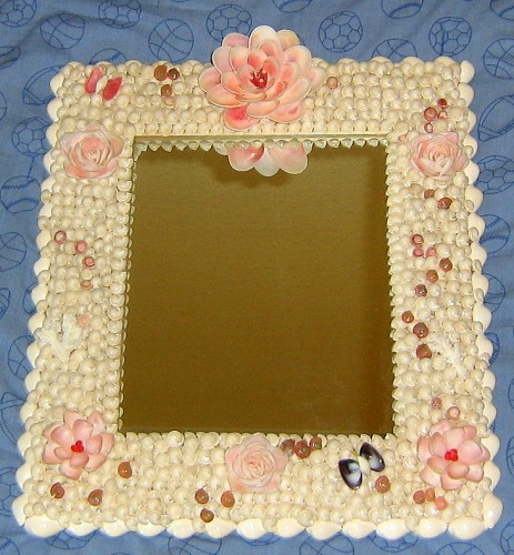 seashell%20crafts%20mirror%20wall%20decor%20flowers.jpg
