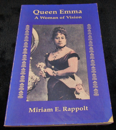 queen emma signed 002