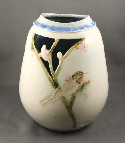 Ceramic Vase By Robert And Kathryn Finn With Bird On