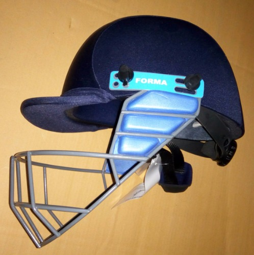8355fa6eb FORMA PRO SRS with MS Grill Cricket Helmet