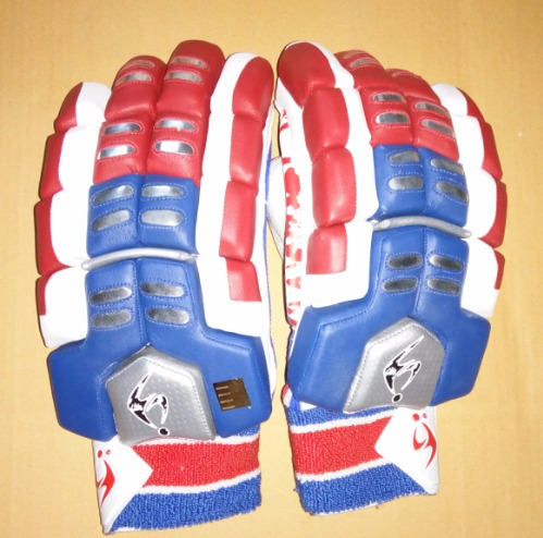 SM LE Pittards Limited Edition Players Batting Gloves 2017
