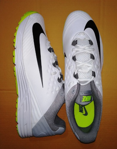 2ab58d0cf6a6 NIKE POTENTIAL 3 Cricket Rubber Studs 2018-19 - OnlineStockist