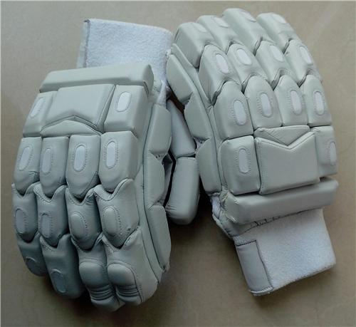 ULTIMATE All White Light Weight Cricket Batting Gloves - UNBRANDED