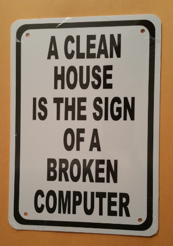 CLEAN HOUSE BROKEN COMPUTER HA18