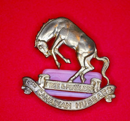 14th Canadian Hussers Cap Badge - FRONT.jpeg