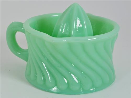 New Jadite Green Glass Small Hand Juicer Reamer Swirl Pattern