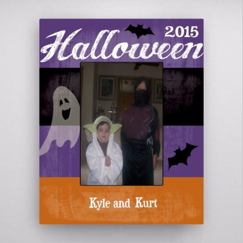 personalized-ghost-and-bat-halloween-picture-frame-1