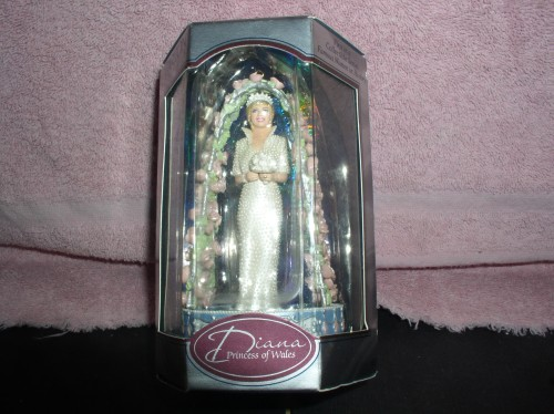 Diana Princess of Wales Queen of People's Hearts Heirloom ornament