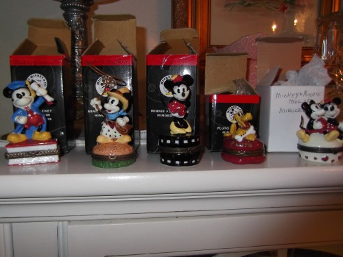Mickey Minnie Pluto PHB Disney Porcelain Hinged Boxes set of 5