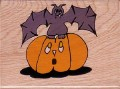 Jackolantern with bat.jpg