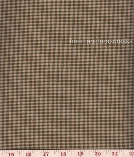 Dunroven H-101SG Homespun Sage & Wheat Small Checked Fabric 1/2 Yd Cut Off Bolt