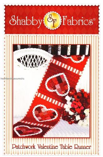 Patchwork Valentine  Heart Table Runner Applique & Pieced Quilt Pattern