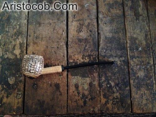 The Shire Egg Cobbit Hobbit Missouri Meerschaum Corn Cob Pipe from Aristocob