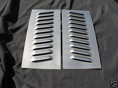 Pair Of Angled 11 Louvered Panels 4 Quot Rod Louvers And