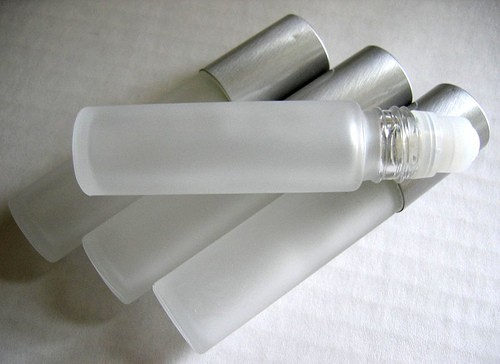 "BARE ""BRILLIANCE"" Perfume in Frosted Roll-On Flacon"