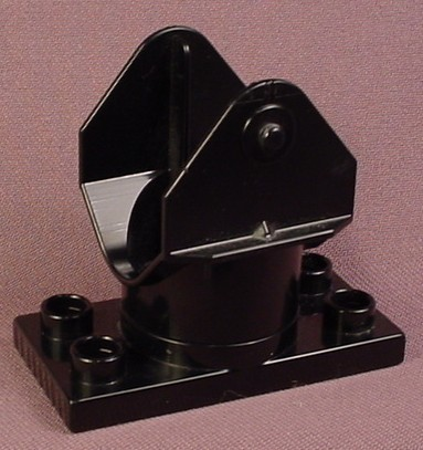 Lego Duplo 4567 Black Crane Or Ladder Base With Swivel That Makes A Ratchet Sound