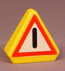 Playmobil 123 Yellow Triangular Warning Sign, 6622 6623 6702 6703 6704 6709 6710 6716