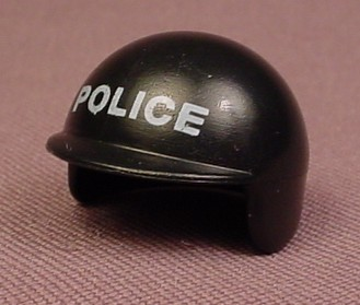 Playmobil Black Smooth Motorcycle Helmet With Police Printed On The Front, 5801 5844, 30 63 6632