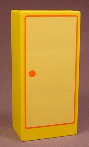 Playmobil 123 Yellow Cupboard Or Armoire With 3 Shelves And A Door Printed On The Other Side, 5046