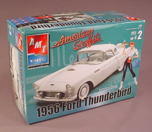 Amt Ertl 1956 Ford Thunderbird American Graffiti Edition 1:25 Scale Model Kit