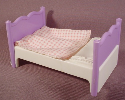 Fisher Price Dream Dollhouse 1995 Purple White Single Bed Attached