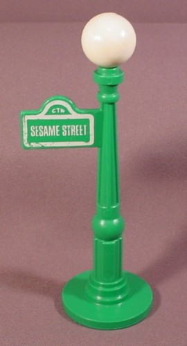 Fisher price vintage green lamp post lamppost a 938 play family fisher price vintage green lamp post lamppost a 938 play family sesame street aloadofball Choice Image