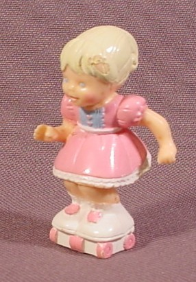 "Fisher Price Precious Places Sara Girl Figure On Roller Skates, 1 3/4"" Tall, 5200 5202"