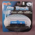 Maisto On Track Blue Red Crown Gasoline Chemical Train Car With 1 Section Of Track
