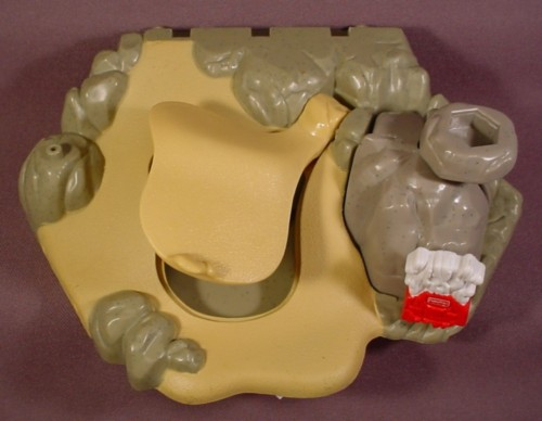 Fisher Price Imaginext Sand & Stone Base With Secret Cave & Collapsing Mount, C6998