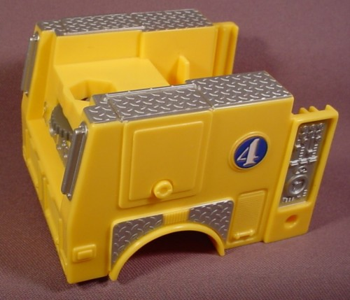 Fisher Price Imaginext Yellow Fire Truck Body With Thumbwheel To Turn Accessories