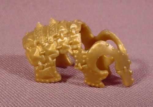 Fisher Price Imaginext Gold Ornate Horse Head Armor, 78514 Battle Charger