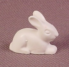 Playmobil White Bunny Rabbit In A Sitting Pose, 5511, 30 51 0710