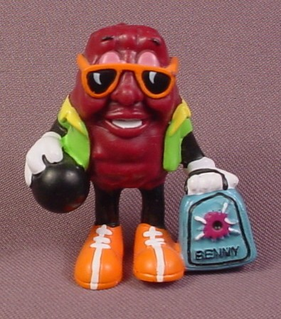 """California Raisins PVC Figure, Benny With Bowling Ball And Case, 2 3/8"""" Tall"""