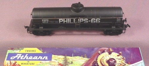 Athearn Ho Scale 42 Foot Single Dome Tanker Tank Car, Phillips-66 P.S.P.X. 9213