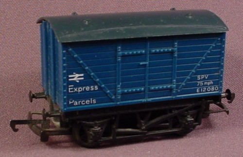 Hornby Oo Scale Gauge Spv Express Parcels Car E12080, Railroad Train