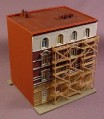N Scale Gauge Pola Remco Building Under Maintenance With Scaffolding, Railroad Train